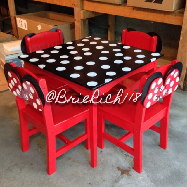 One Of A Kind DIY Minnie Mouse Kids Table And Chairs I Made