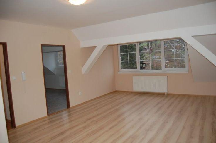 Prodám podkrovní byt 2+kk v Jeseníku 8
