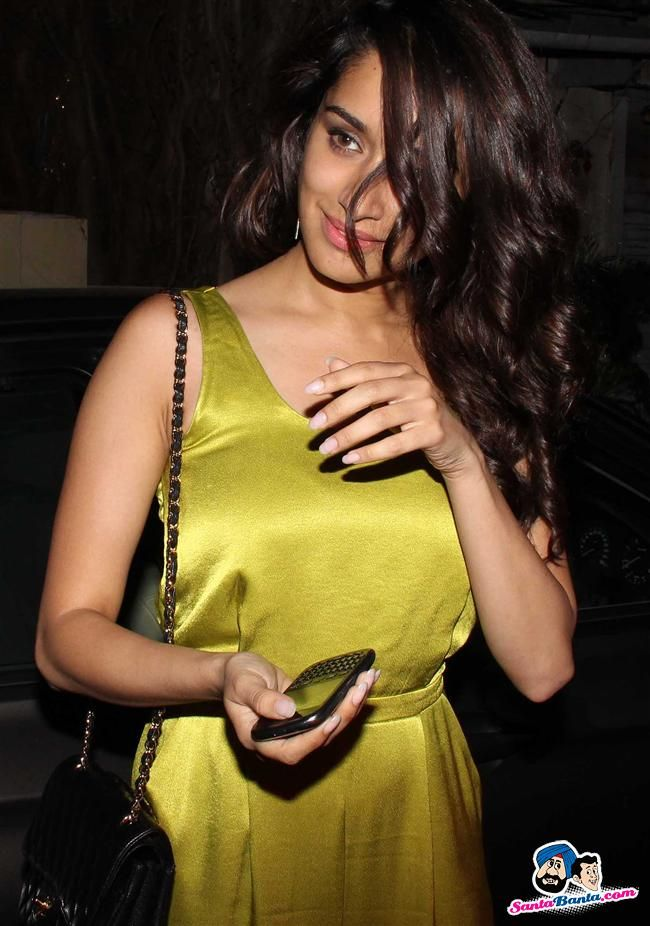 Shraddha Kapoor Image Gallery Picture # 244946