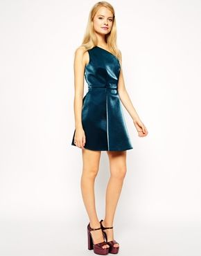 Enlarge ASOS One Shoulder Metallic Prom Dress