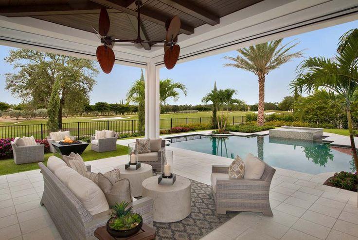 Terrasse couverte et salon de jardin en plein air c t d for Salon hotellerie de plein air