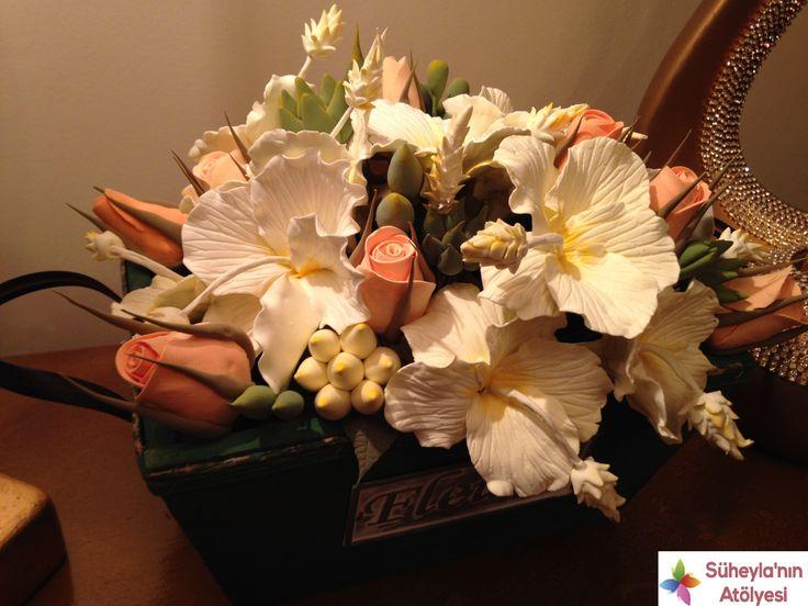 Sanat Kili El Yapımı Çiçekler ve Güller Süheyla'nın AtölyesiSüheyla'nın Atölyesi   Söz ve Nişan Tepsileri, Gelin Çiçekleri