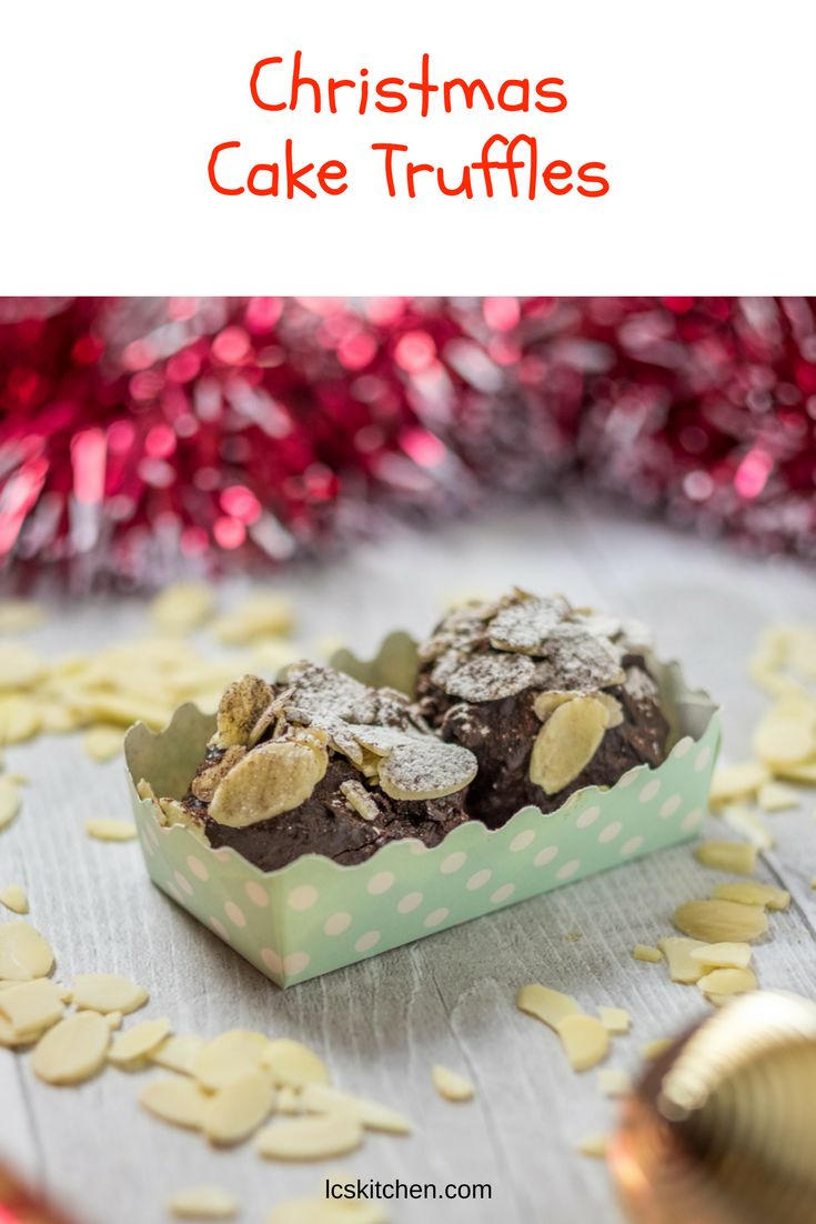 Christmas Cake Truffles with leftover cake  #recipe #easyrecipe #leftovers