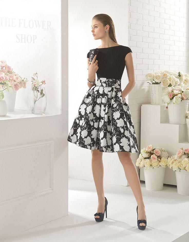 Fiesta 2017 Vestido de fiesta corto de crepe elástico con falda de brocado. Este vestido perteneciente a la colección 2017 de AIREtiene es ideal para fiestas y bodas primaverales.