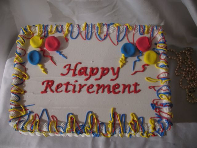 17 Best ideas about Retirement Cakes on Pinterest Retirement clock, Retirement parties and ...