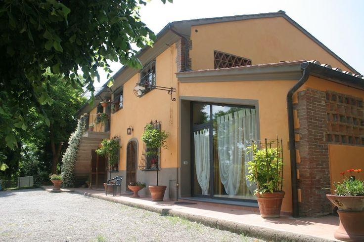 Esterno dell'appartamento / The exterior of the apartment