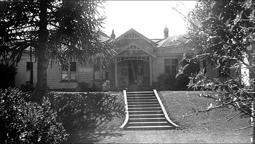 Library at NZ Friends School 1948