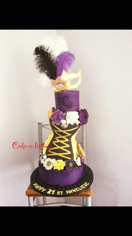 #burlesquecake #burlesque #cakealicious #birthdaycakeforgirls
