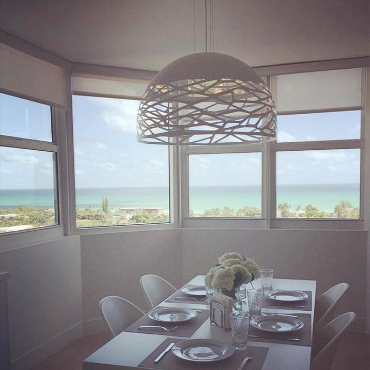 Look at this clear dining room with Kelly! For more details visit our website at: http:bit.ly/1QKMGH2 Thanks to @magasaban for the photo!