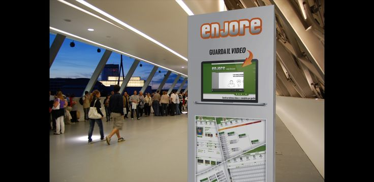 "totem render for ""FIera delle StartUP"" in Milan"