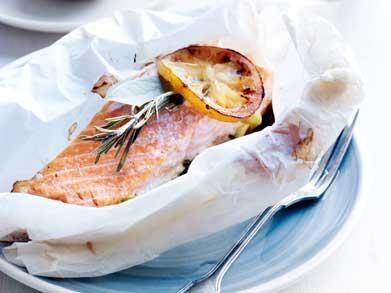 #zalm in #papillot en gevulde #aardappel    http://www.libelle-lekker.be/recepten/eten/7089/zalm-in-papillot-en-gevulde-aardappel