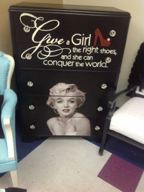Marilyn Monroe Black Dresser By Vintagechicbtq On Etsy 395 00 Marylin Monroe Bedroom Ideasmarilyn Monroe Decor