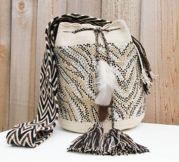 Riacho Wayuu Mochila Bag by MAKAWIACCESSORIES on Etsy, $235.00