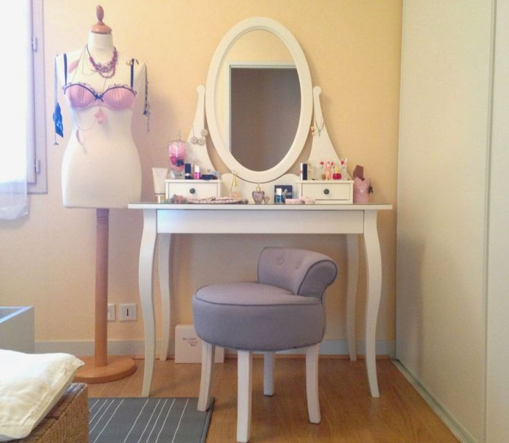 Coiffeuse ikea et fauteuil crapaud Conforama  coiffeuse  Pinterest ...
