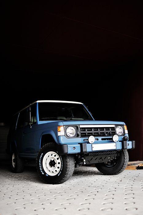 Mitsubishi Pajero -> Hyundai Galloper -> Mohenic Garages redesign - MohenicG Classic ver. Retro Blue. www.the.co.kr