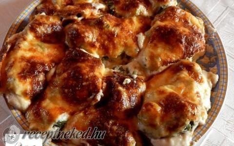 Brokkolis csirkemell besamelmártással recept fotóval