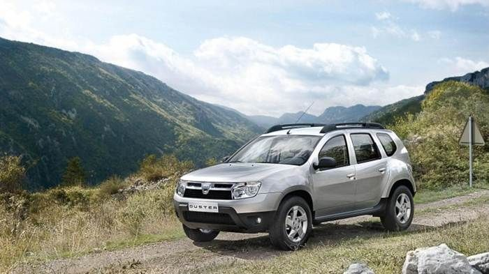 2013 Dacia Duster Review and Price