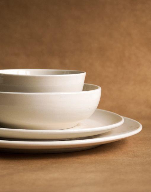 Andre ricard vajilla blanca ceramica barcelonaindesign for Vajillas blancas modernas