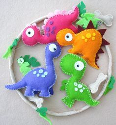 Dinosaur Felt Mobile  babys mobile  childrens mobile by FlossyTots @Monica Forghani Forghani Forghani Coronado let's make one for Roxy! haha
