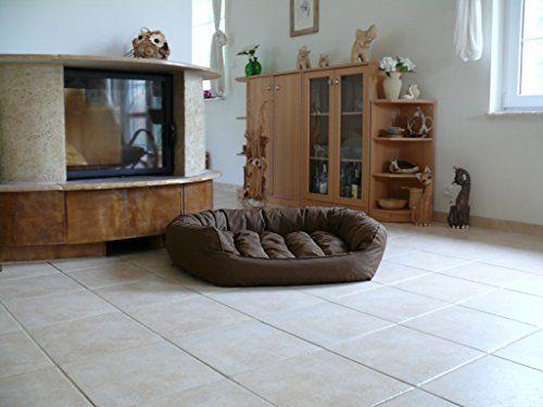Aus der Kategorie Betten  gibt es, zum Preis von EUR 116,00  Hundesofa  <b>FRODO</b>  <br>Wir bieten Ihnen die abgebildeten Hundebetten in verschiedenen Größen und Farben an. Das Hundebett ist aus Polyester mit Teflonbeschichtet - gegen Haare resistent - gefertigt. Das Bett ist robust & bequem - sehr gut für alle Hunde.  <br>  <b>FRODO L ca. 110cm x 80cm ( Innenmaß ca. 80 x 55cm )</b> für mittlere Hunderassen - 31 bis 45cm Parson Russel Terrier, Foxterrier, Irish Terrier, Beagle, Cocker…
