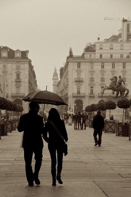 Torino: Una passeggiata sotto la pioggia