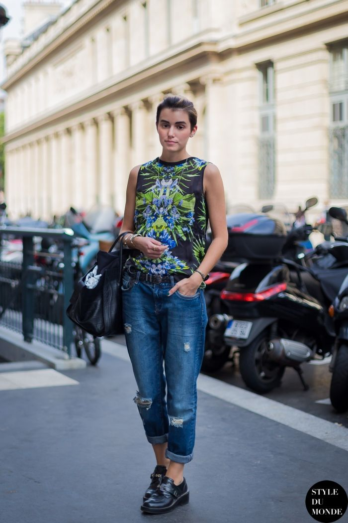 #AnneCatherineFrey rocking a Balenciaga, Givenchy & Celine combo. brilliant. Paris.