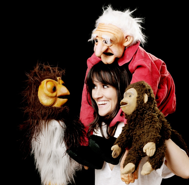 nina conti - Google Search  http://puppet-master.com - THE VENTRILOQUIST ASSISTANT  Become a new legend of the ventriloquism world with minimal time waste!