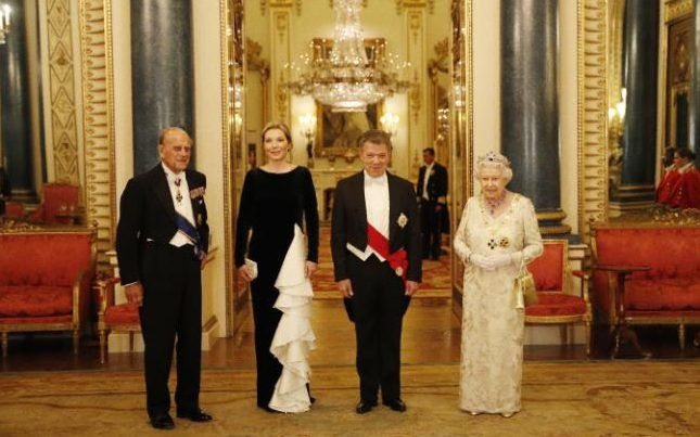 Prince Philip, Maria Clemencia Rodriguez Munera, Juan Manuel Santos and Queen Elizabeth II ahead of a State Banquet at Buckingham Palace