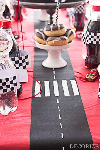 Kindergeburtstag Rennfahrer / Autorennen Partystyling by Decorize