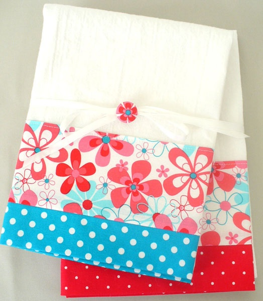 Kitchen towels with red and teal floral pattern cotton fabric accent - set of…