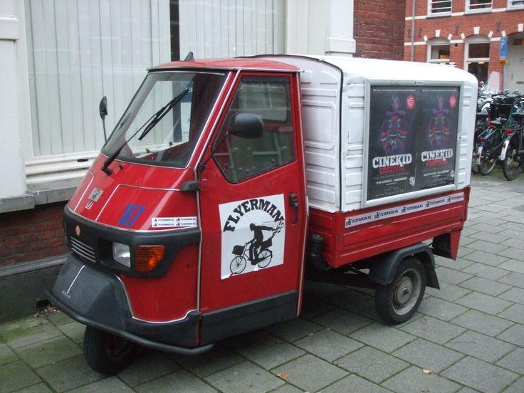 "tuktuk red/white...""flyerman"""