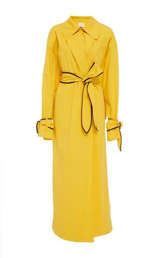 Этот **бренд** хлопок Габардин пальто имеет рукава-кимоно, сзади мыс деталь и контрастным кантом на поясе и манжетах.