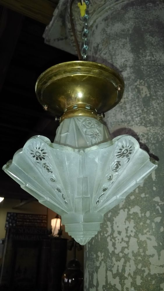Antique Art Deco Light Fixture CONSOLIDATED Martele Slip Shade Glass Chandelier & 220 best F Consolidated Glass and Lamp Works - Coropolis Pa 1896 ... azcodes.com