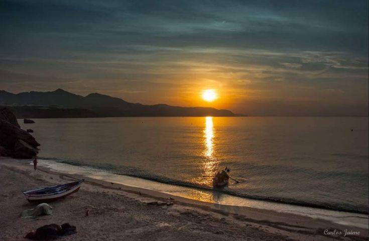 ¡¡Buenos dias #Málaga !! Amanecer en Calahonda (#Nerja) #FelizLunes    Temp.mín./máx. 10 /18 °C Intervalos de sol y nubes Viento. 18 km/h Humedad relativa: 70% Luna: Menguante Salida del sol: 8:09 horas Puesta del sol: 18:55  Carlos Jaime