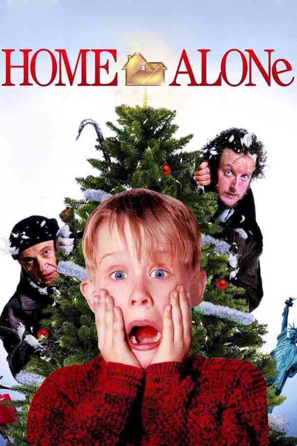 Top 10 Best Christmas Movies To Snuggle Up To This Holiday Season Home Alone Movie Home Alone Best Christmas Movies