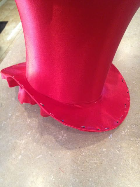 How to make a top hat! Because TOP HATS ARE AWESOME!!!
