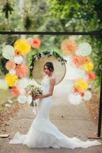 25 Willow Hoops With Criss-Crossed String Art Photo Booth Backdrop