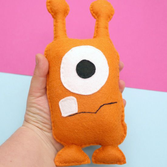 A fun felt sewing project with a free printable template and instructions.