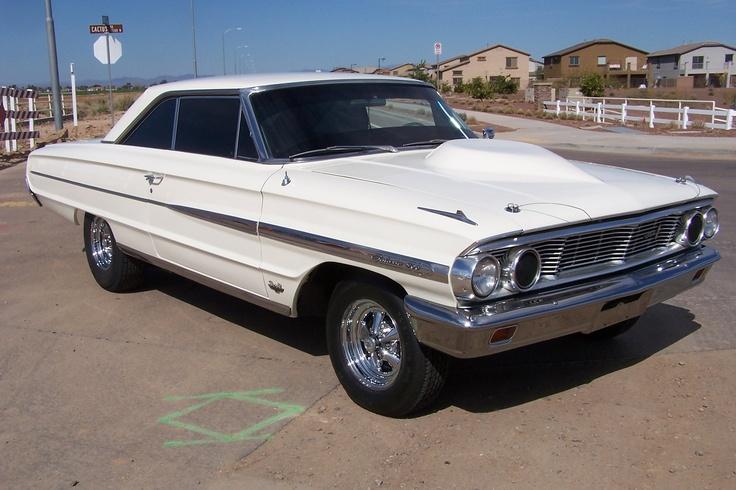 1964 Ford Galaxie 500 XL   http://www.classicautoworx.com