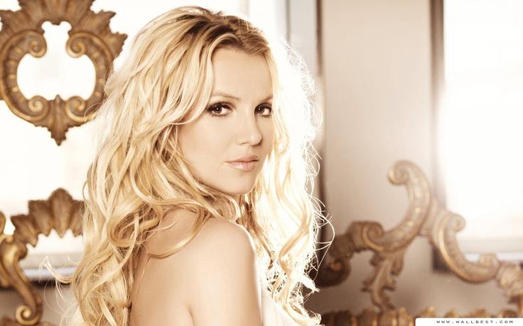 Britney Spears | Britney Spears Femme Fatale Wallpaper 2560x1600 Wallpapers ...