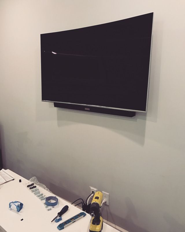 Hiding The Wires Behind A Wall Mounted Tv Soundbar Wall Mounted Tv Soundbar Wall Mounted Tv