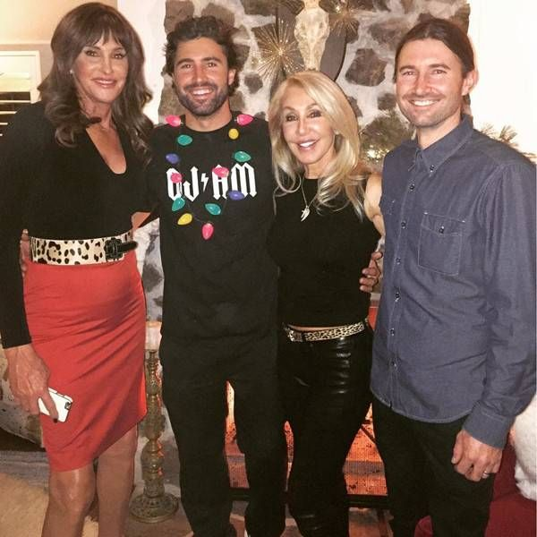 Happy Holidays From Caitlyn Jenner S Best Pics Caitlyn Celebrates Christmas With Ex Linda Thompson And Their Linda Thompson Caitlyn Jenner Kris Jenner Style