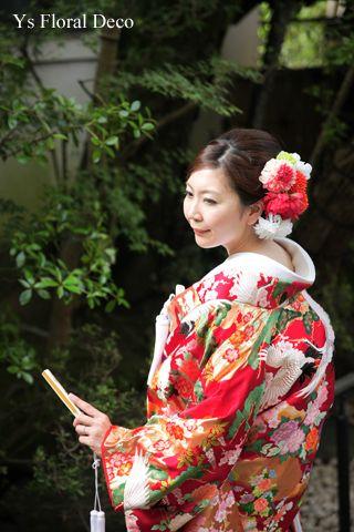 赤い色打掛にあわせるヘッドドレスys floral deco @京都 栗田山荘 アーティフィシャルフラワー