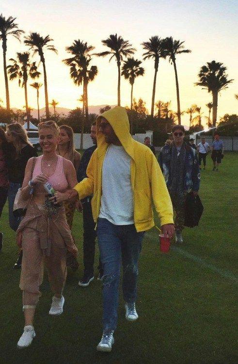 takes-to-wonderland: Katy Perry at Coachella 2017