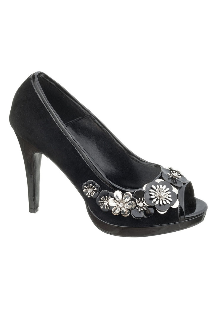 Maurices Leah Flower Peep Toe Pump. Love the flowers!