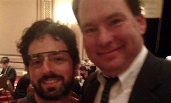 Τα Google Glasses θα λειτουργούν και με γυαλιά οράσεως