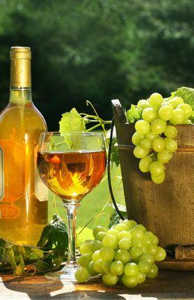 White Wine                                                                                                                                                      Más