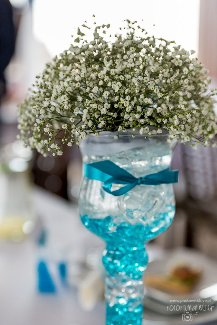 baby's breath flowers tiffany blue wedding details