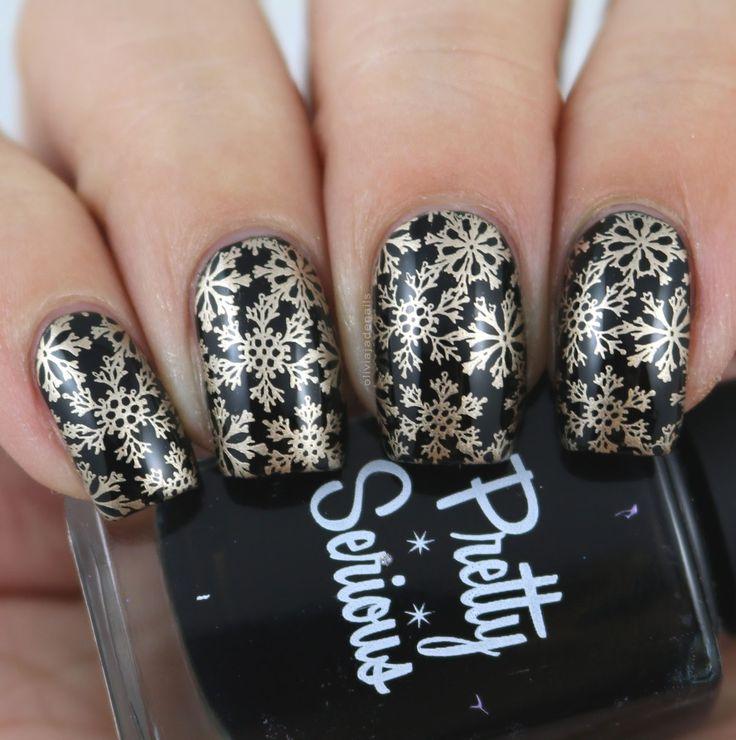 Nail Crazies Unite: Gold Snowflakes by Olivia Jade Nails