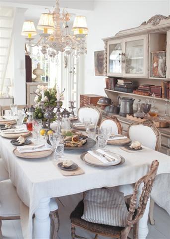 Festive table setting/Feestelike tafel